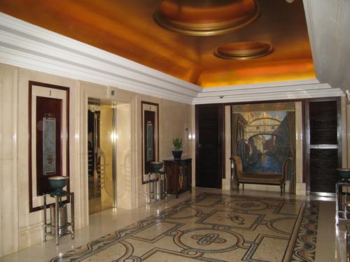 南京富丽宾馆电梯间2
